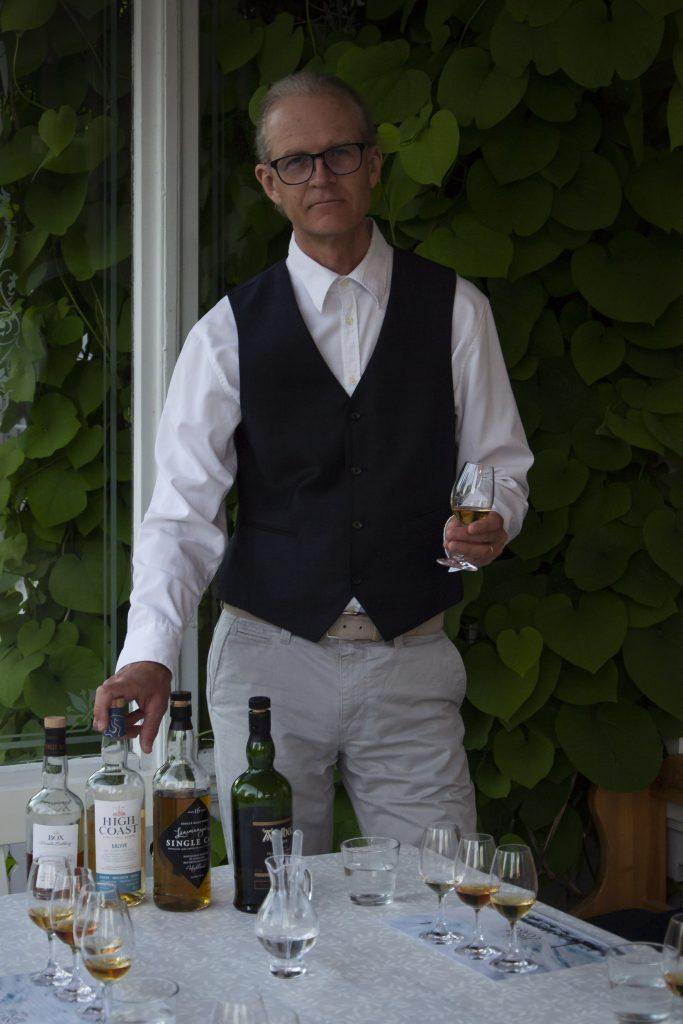 Lansmansgarden_Owner_Anders_Jonasson whisky i höga kusten